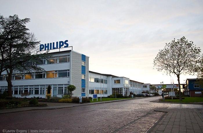 завод компании Philips в Драхтене