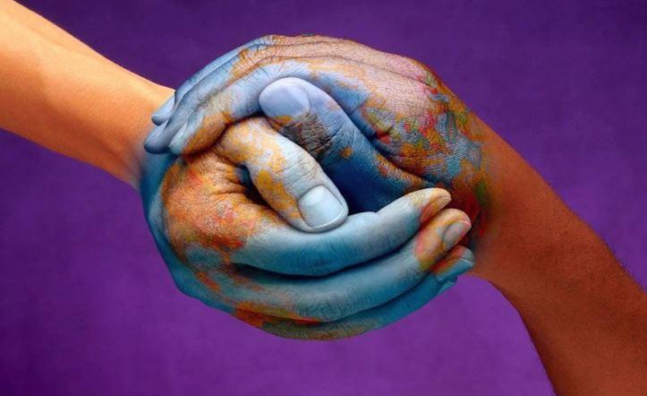 Содействие построению миролюбивого и открытого общества